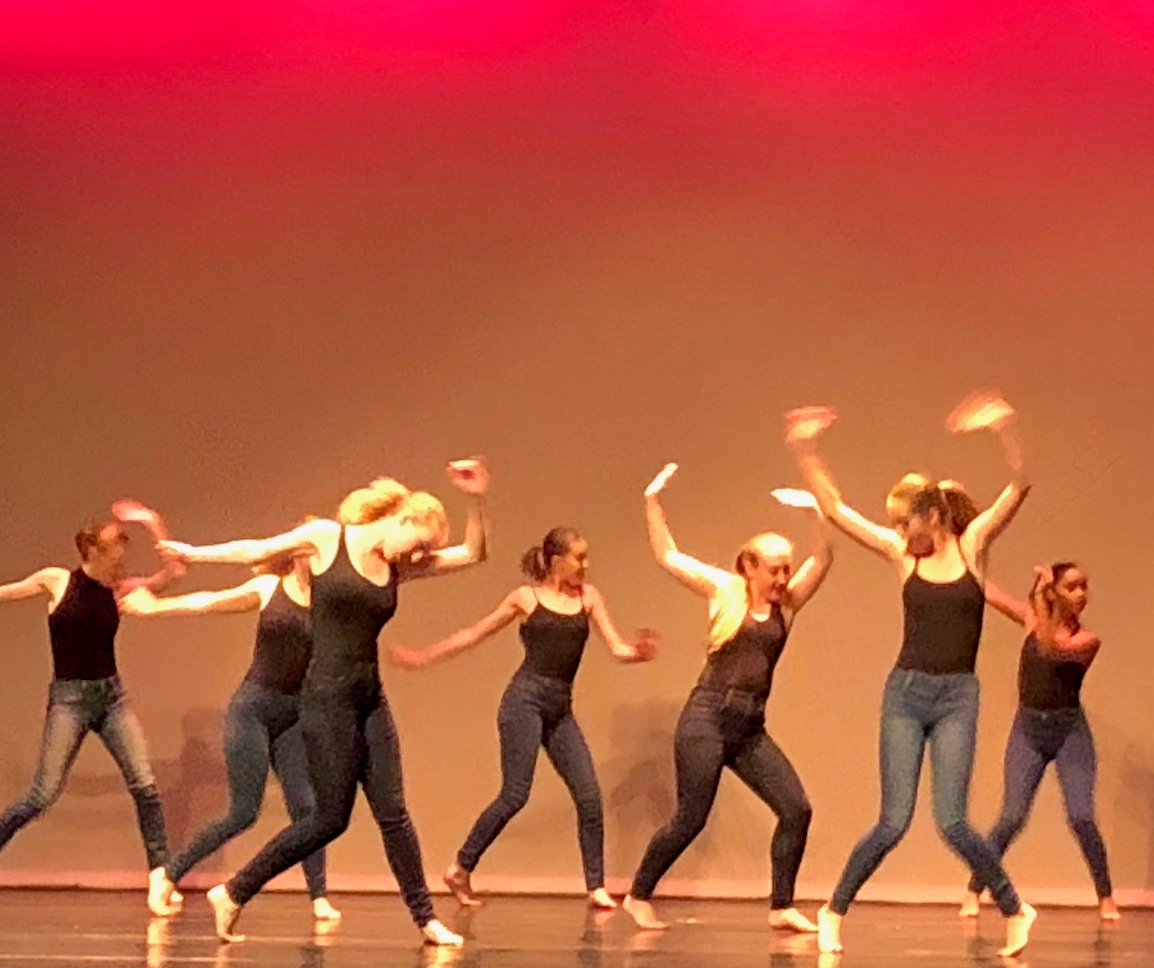 perths youth dance company steps Steps youth dance company encourages young people to create their own contemporary culture by offering a sense of community in a supportive environment, which prioritises honesty and independence read more on the steps website.